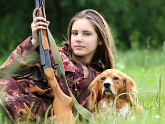 hunter-1503082_1280
